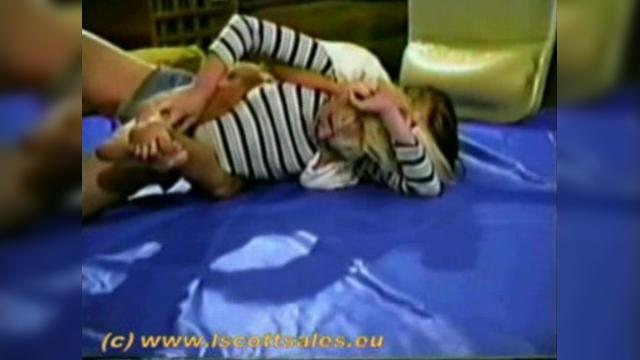 Nude woman wrestling vt 224 2