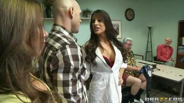 Doctor Adventures - Juelz Ventura,Kortney Kane