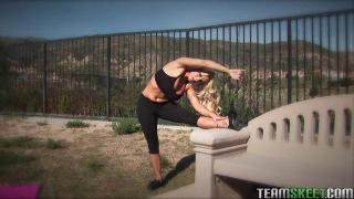 Holly Halston - The Real Workout - Hitting The Right Angles
