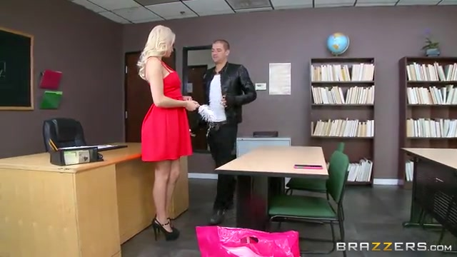big-tits-at-work-free-vids-interracial-footjob-with-larkin-love