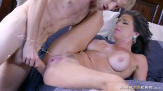 Napping Naked - Veronica Avluv & Danny D