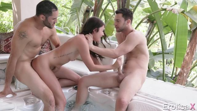 Adria Rae (Living Your Fantasy)